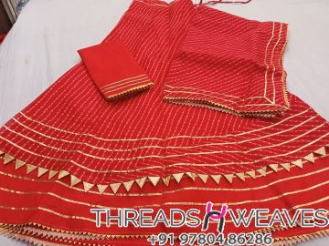 Red Kota Doria Stiched skirt with linning and unstiched blouse Dupataa