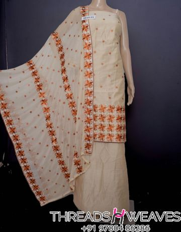 Beige and rust phualkri suit