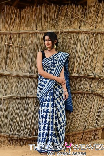 Traditional mul cotton saree with blouse